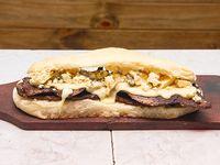 Sandwich Lomito Roquefort