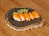 Niguiris de salmón (5 unidades)