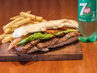 Sándwich de Bife de chorizo premium solo pan y carne+ papas fritas + bebida de 500 ml