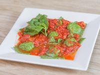 Raviolones caseros de verdura con salsa a elección