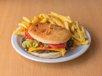 Hamburguesa campesina + papas fritas