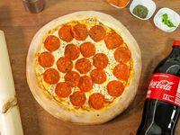 Pizza Romana Grande 35cm + Coca Cola 1.5lt