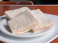 Sándwich de miga