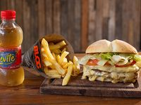 Combo - Hamburguesa gigante + papas fritas + bebida 250 ml