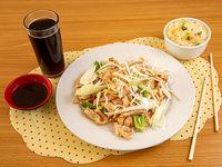 Promo 3 - Diente de dragons pollo con arroz chaufan + bebida 350 cc