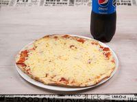 Pizzeta con muzzarella + refresco 1.5 L