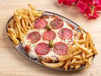 Pizzanesa a la Calabresa Xxl comen 4 personas en caja de pizzagde, Milanesaala pizza con guarnición de papas fritas rústicas + 1 Gaseosa 2.25 LCunnington