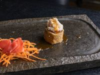 Tsukiji roll (9 piezas)