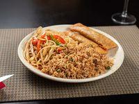 Combo 1 - arroz chao fan con cerdo + yakisoba + arrollado