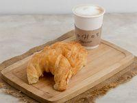 Promo 19 - 3 Medialunas + café