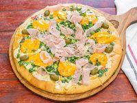 Pizza bomba muzzarella cheddar panceta verdeo