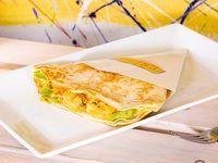 Crepe de langostinos, mayonesa japonesa