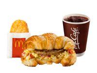 Combo Croissant™ Huevo y Salchicha con Hashbrown