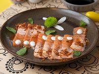 Tiradito de salmón grillé