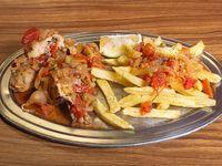 Menú económico - Pollo a la portuguesa con papas fritas + pan + postre
