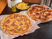 Promo - 2 pizzas medianas con 6 ingredientes (30 cm) + bebida 1.5 L