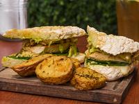 Sándwich ciabatta de pollo
