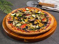Pizza vegetale grande