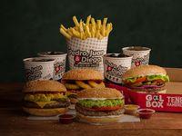 Promo gol - Box - 4 hot dogs o hamburguesas a elección  + mega papas + 4 bebidas en lata