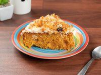 Carrot cake (porción)