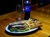 Combo clásico - Hamburguesa completa + papas fritas + bastones de muzzarella + gaseosa línea Pepsi 500 ml