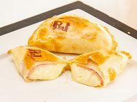Empanada de roquefort con jamón
