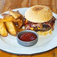 Burger Mezcal deluxe