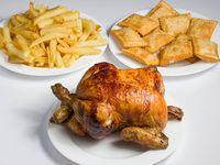 Combo - Pollo entero + papas (porción familiar) + 10 empanaditas de queso