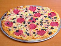 Pizza salame familiar