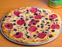 Promo 5 - Pizza mediana  + jugo Watts 1.5 L