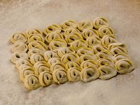 Capelettis de jamón y queso  (100 unidades)