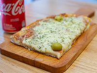Promo - 1/4 pala mozzarella + bebida chica