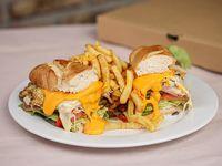 Chivito canadiense El Trébol para dos personas con papas fritas