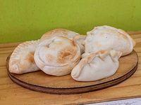 11 - Media docena de empanadas