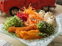 """Chirazy """"ensalada de sushi"""""""