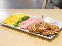 Cafe 240cc + bagel Ny