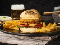 Grilled Chicken Caprese Sándwich