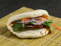 Falafel Bao