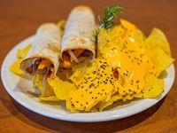 Taco veggie (2 unidades) con nachos y queso cheddar