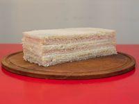 Sándwich de jamón cocido y queso roquefort (3 unidades)