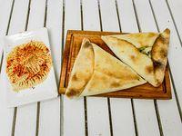 Combo 9 - fatay de carne o verdura + hummus o tabule