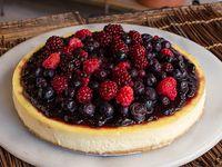 Torta New York cheesecake con frutos rojos (grande)