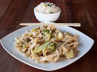 Chaumin de pollo con arroz chaufan
