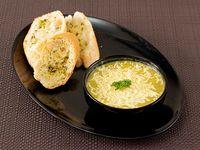 Crema de Zucchini con Pollo y Mozzarella.