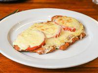 Milanesa cheddar y panceta