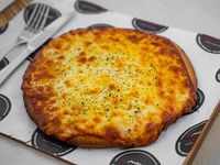 Pizza mediana de muzzarella