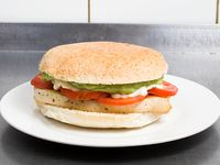 Sándwich de pechuga italiana