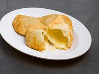 Empanada de queso frita - 3 unidades