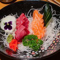 Sashimi variedad de pescados 5 cortes