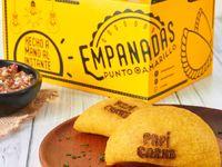 Empanada Maiz Peto  PapI Carne